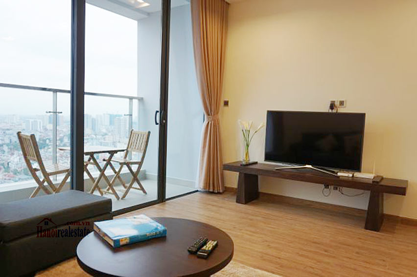 Good view apartment in Vinhomes Metropolis, Ba Dinh District 3