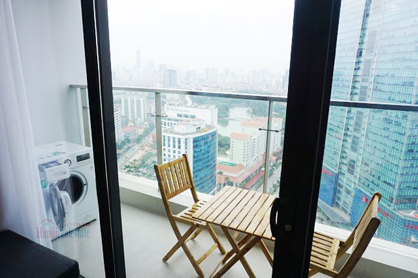 Good view apartment in Vinhomes Metropolis, Ba Dinh District 7