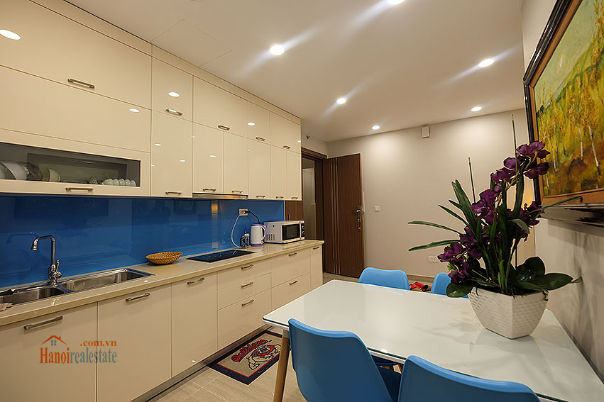 Gorgeous 02BRs apartment on high floor at L3 Ciputra 10