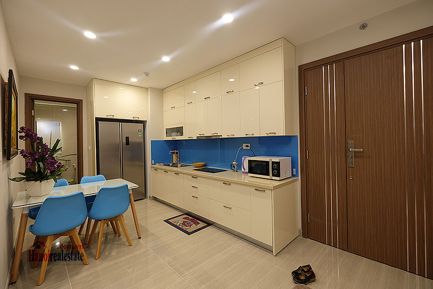 Gorgeous 02BRs apartment on high floor at L3 Ciputra 8