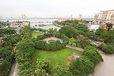 Gorgeous duplex apartment with lake view & large terrace on To Ngoc Van
