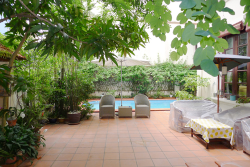Great villa with out-door swimming-pool for rentals in Tayho, Hanoi