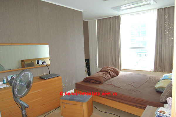 Hanoi Golden Westlake | 3 bedroom lakeview apartment leasing, 192 m2 11