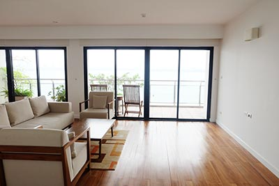 Hanoi Lake view: Bright and airy 02BRs serviced apartment, lake view