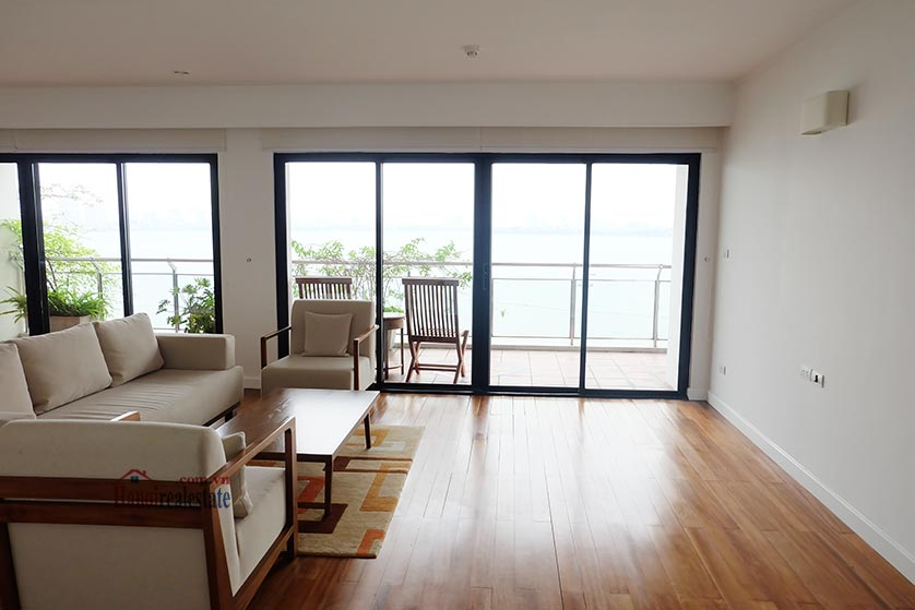 Hanoi Lake view: Bright and airy 02BRs serviced apartment, lake view 3
