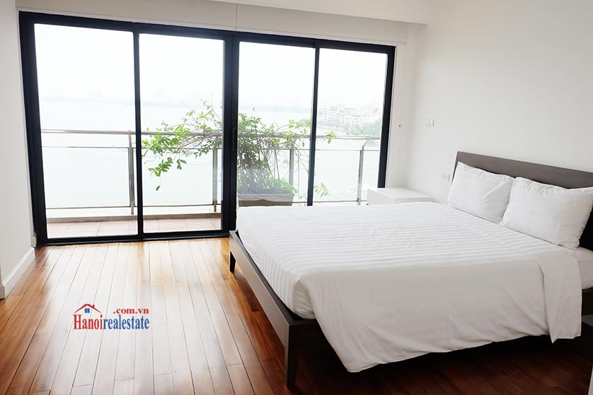 Hanoi Lake view: Bright and airy 02BRs serviced apartment, lake view 7