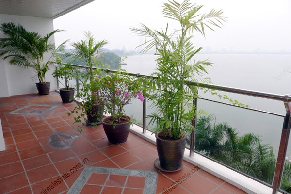 Hanoi Lake View: Serviced apartment has 239m2 living area for rent 12