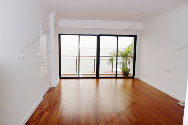 Hanoi Lake View: Serviced apartment has 239m2 living area for rent 9