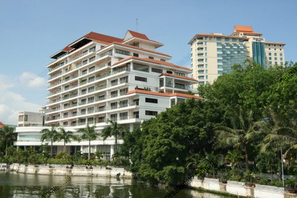 Hanoi Lake View-3 Bed room Executive apartment have a perfect view of the charming West Lake 2