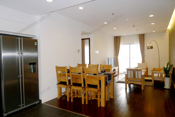 Hanoi - Lancaster 3 bedroom furnished apartment on high floor, 146m2 2