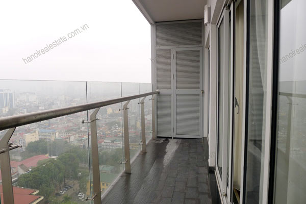 Hanoi - Lancaster 3 bedroom furnished apartment on high floor, 146m2 6