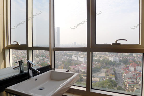 Hanoi - Lancaster 3 bedroom furnished apartment on high floor, 146m2 9