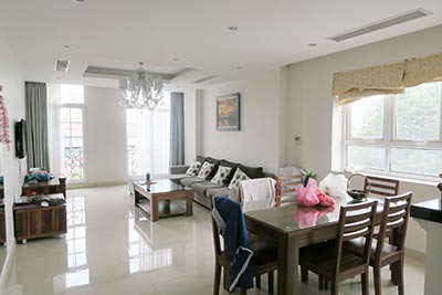 High class 03 bedroom apartment in Ba Dinh, beautiful street view