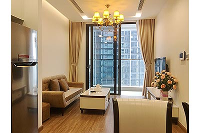 High floor 01BR apartment at Vinhomes Metropolis, balcony