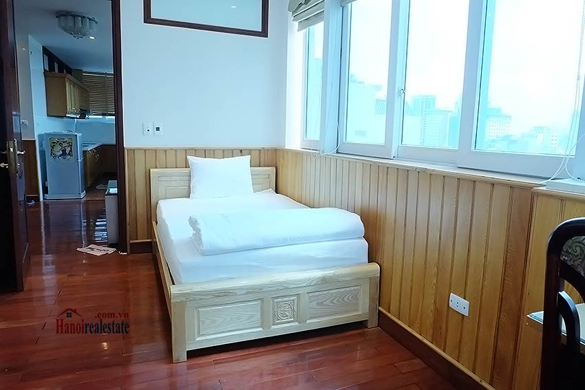 High floor serviced apartment to rent in Ba Dinh, close to Lotte shopping mall 7