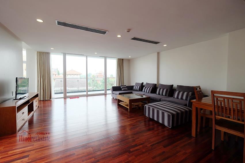 High floor spacious 3 bedroom apartment on Quang Khanh with balcony 2