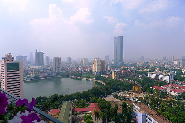 High quality luxury 4br apartment in Hanoi, huge Lounge, Lake View 38