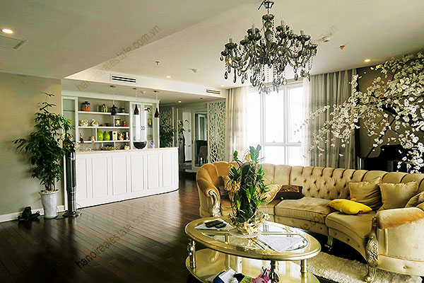 High quality luxury 4br apartment in Hanoi, huge Lounge, Lake View 5