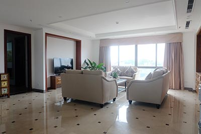 High standard 4 bedroom apartment to lease on Pham Hong Thai, Ba Dinh