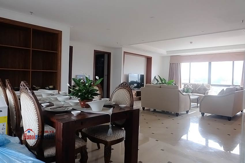 High standard 4 bedroom apartment to lease on Pham Hong Thai, Ba Dinh 1