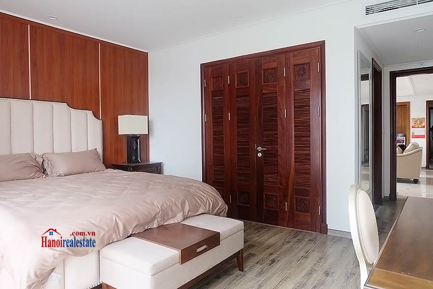 High standard 4 bedroom apartment to lease on Pham Hong Thai, Ba Dinh 11