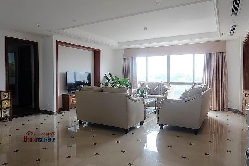 High standard 4 bedroom apartment to lease on Pham Hong Thai, Ba Dinh 2