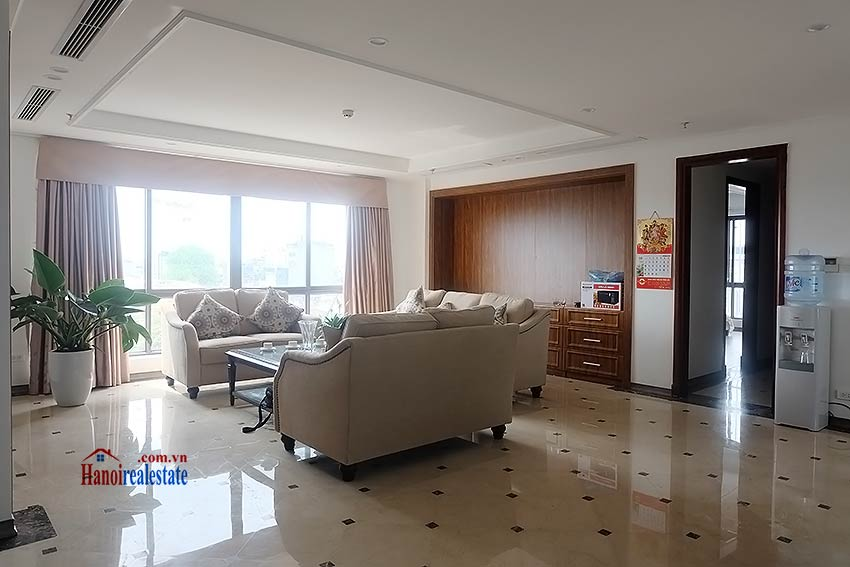 High standard 4 bedroom apartment to lease on Pham Hong Thai, Ba Dinh 4