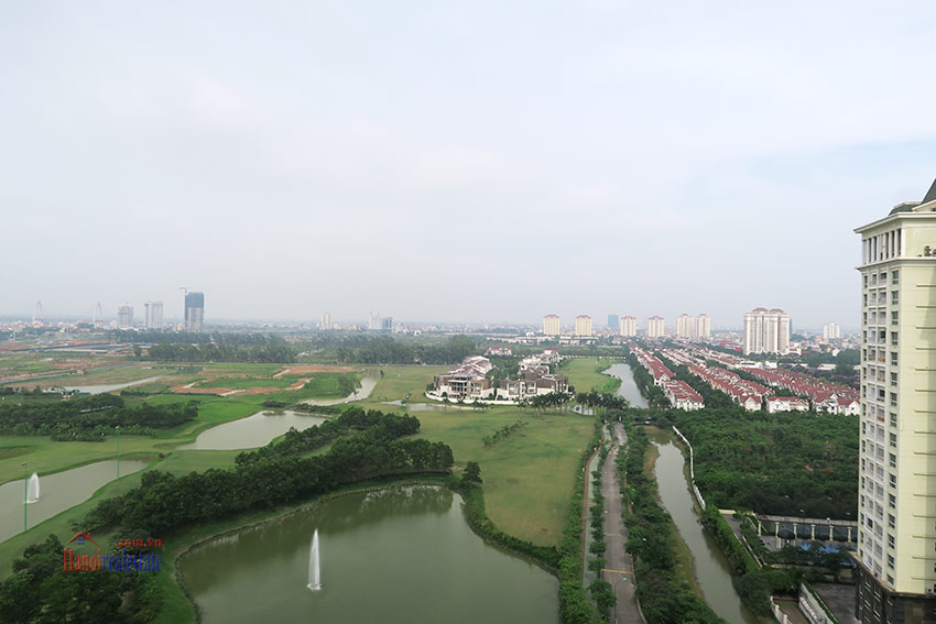 High-end luxurious 03+1BRs apartment with Golf course view of L1 Ciputra 38