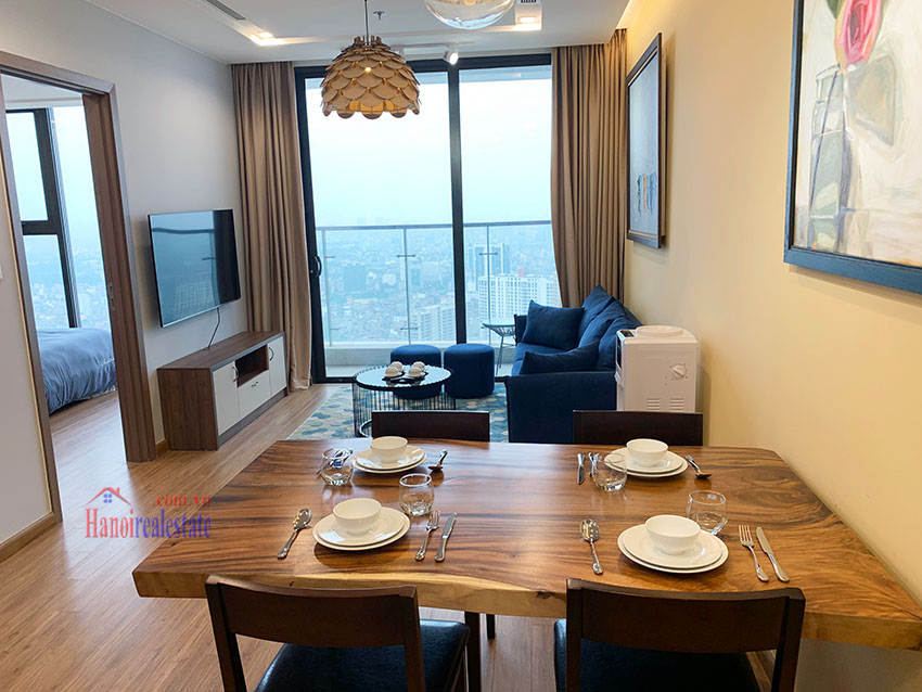 High-rise apartment, comfortable, fully furnished in M3 Tower Vinhomes Metropolis 2