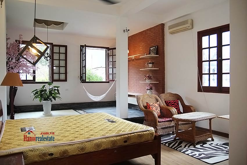 Hoan Kiem lake view house to rent with spacious terrace, short walking to Opera House 10