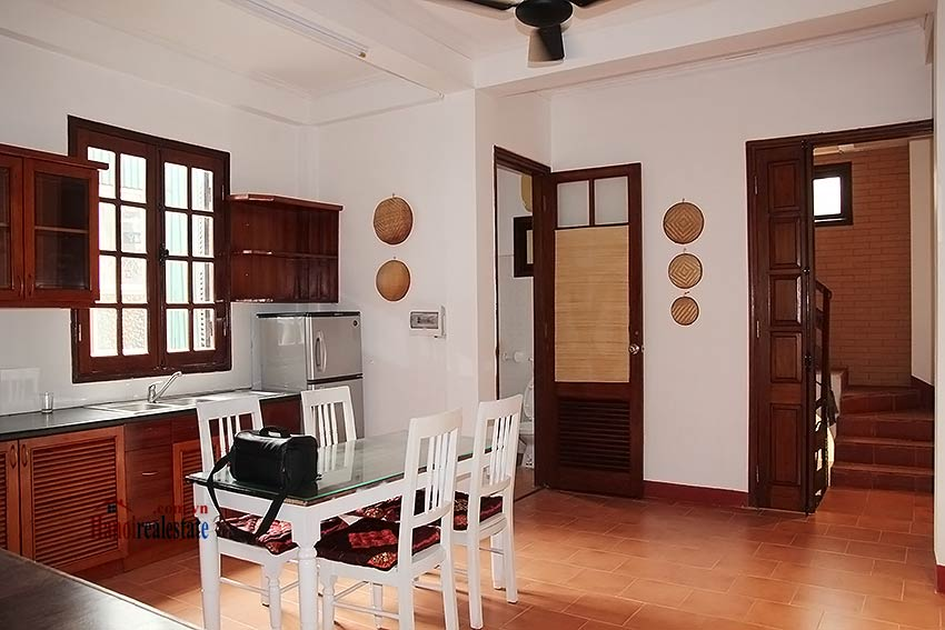 Hoan Kiem lake view house to rent with spacious terrace, short walking to Opera House 8