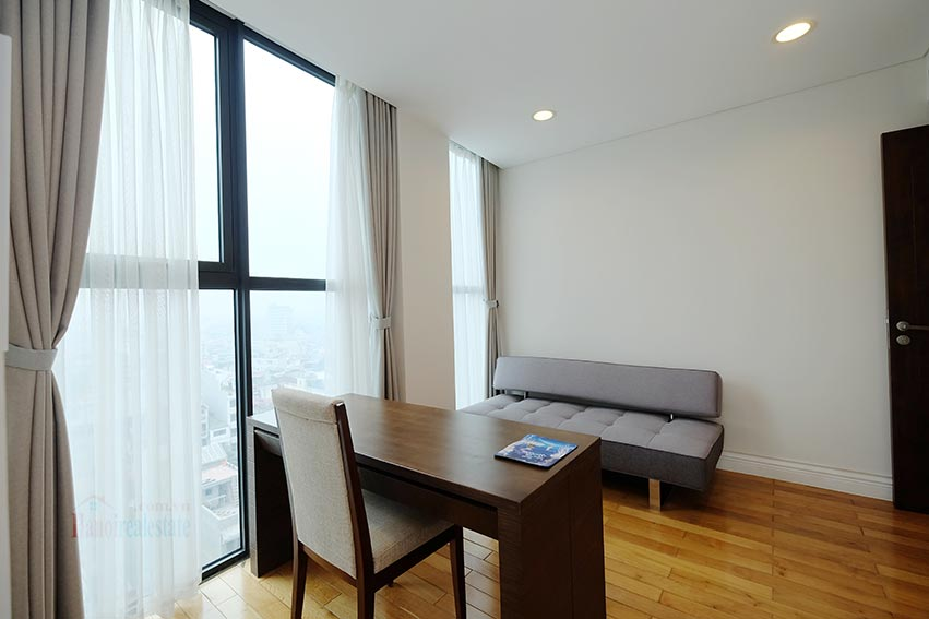 Hoang Thanh Tower 3 bedroom apartment to lease 17