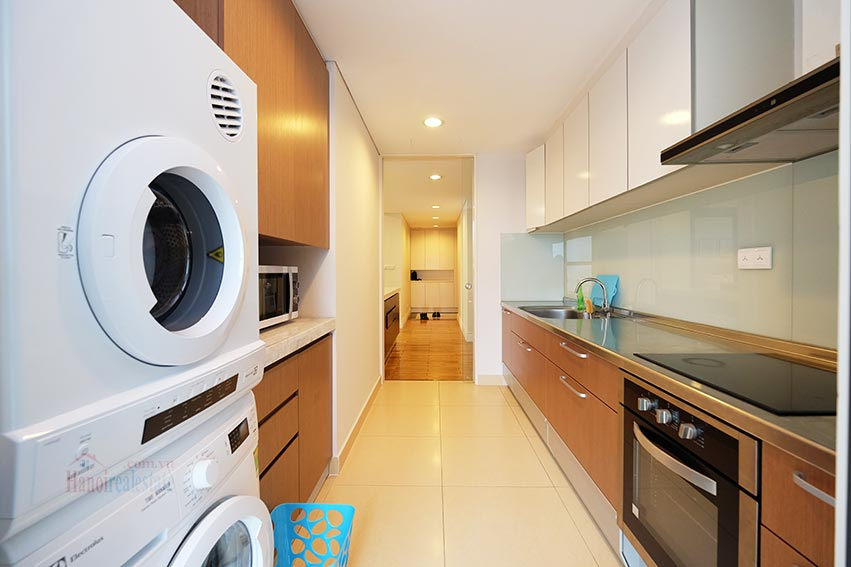 Hoang Thanh Tower 3 bedroom apartment to lease 8