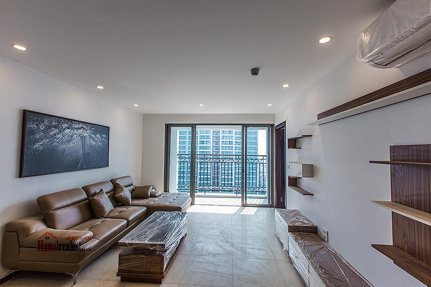Hot trend in Tay Ho: D' Le Roi Solei apartment with view to Westlake and Red River 2