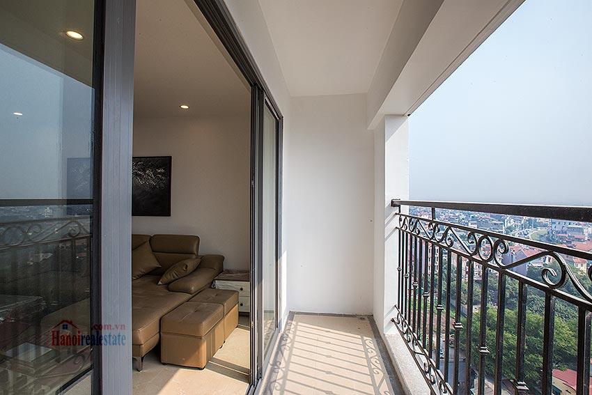 Hot trend in Tay Ho: D' Le Roi Solei apartment with view to Westlake and Red River 9