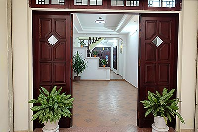 Funished houses for rent in Ba Dinh District Hanoi, 3 bedrooms