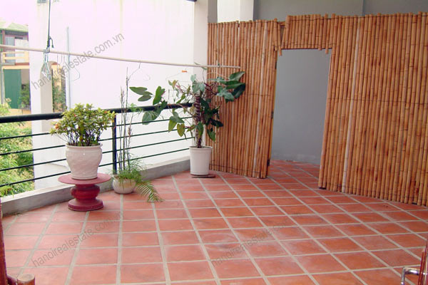 House for rent in Hai Ba Trung Hanoi with nice garden, furnished 11