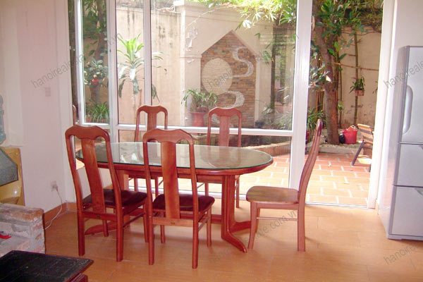 House for rent in Hai Ba Trung Hanoi with nice garden, furnished 7