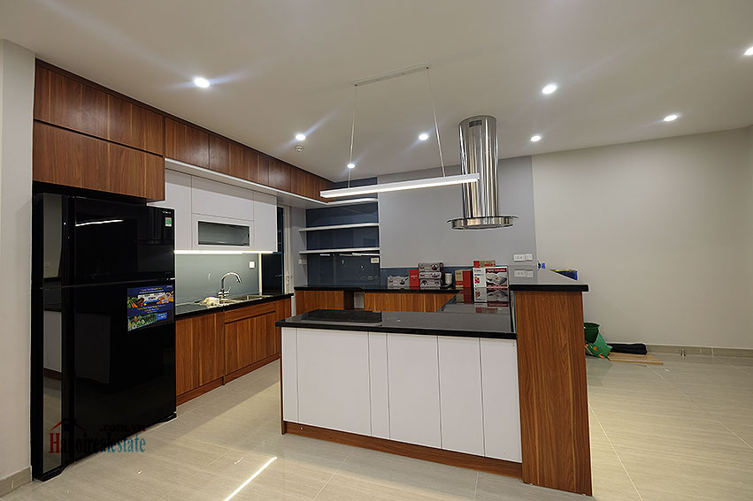 Incredible 03BRs apartment in L3 Ciputra, 154m2 9
