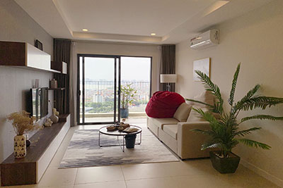 Kosmo Tay Ho: Beautiful, high floor 3 bedroom apartment for rent