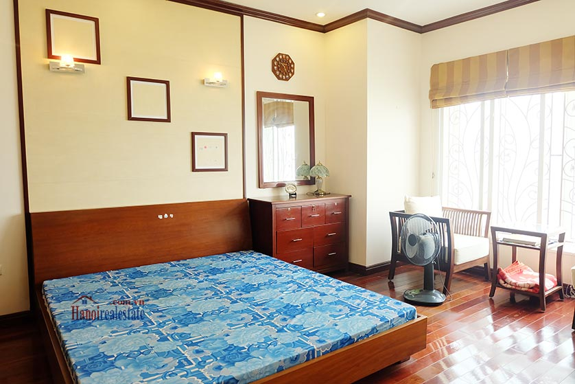 Lake front 04BRs house for rent at Nguyen Dinh Thi St, Ba Dinh District 13