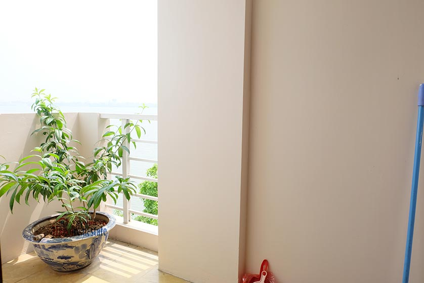 Lake front 04BRs house for rent at Nguyen Dinh Thi St, Ba Dinh District 26