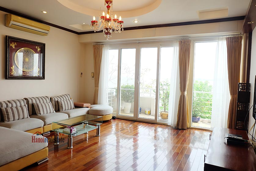 Lake front 04BRs house for rent at Nguyen Dinh Thi St, Ba Dinh District 4