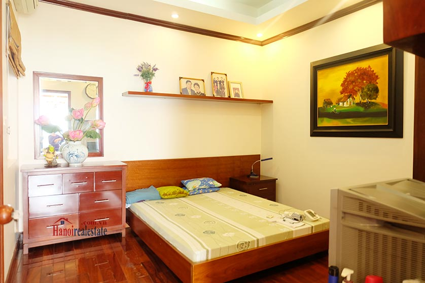 Lake front 04BRs house for rent at Nguyen Dinh Thi St, Ba Dinh District 7