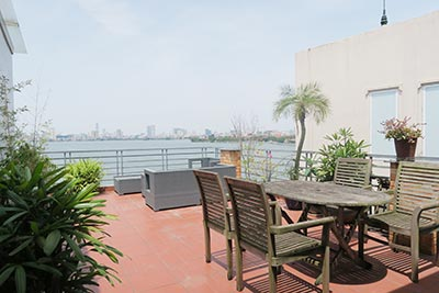 Lake view apartment, 02BRs apartment with nice balcony for rent in Tay Ho, Hanoi
