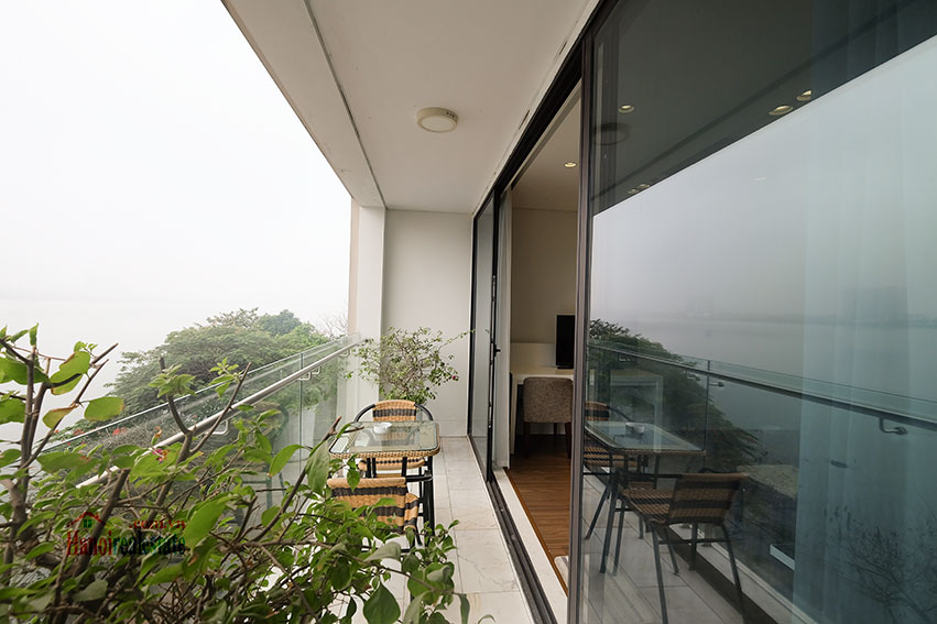 Lake view apartment with 01BR in Yen Phu Village, nice balcony 16
