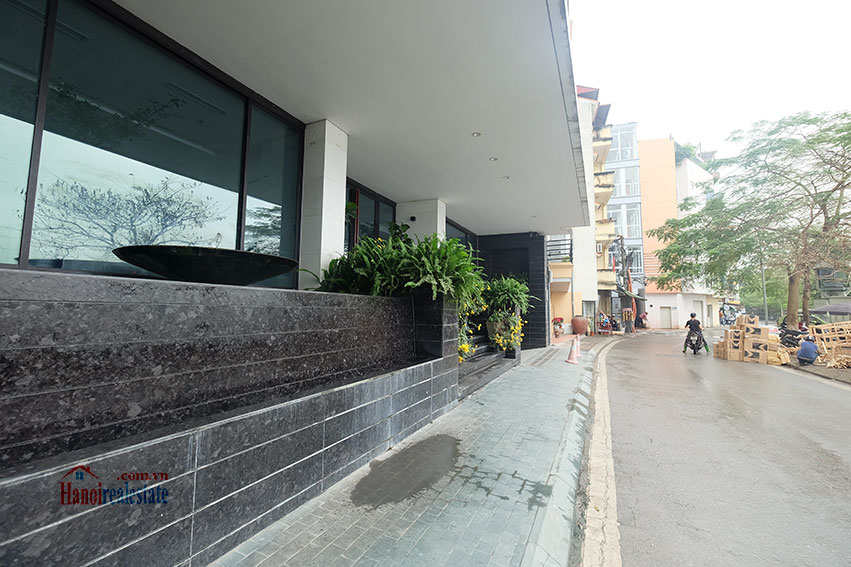 Lake view apartment with 01BR in Yen Phu Village, nice balcony 20
