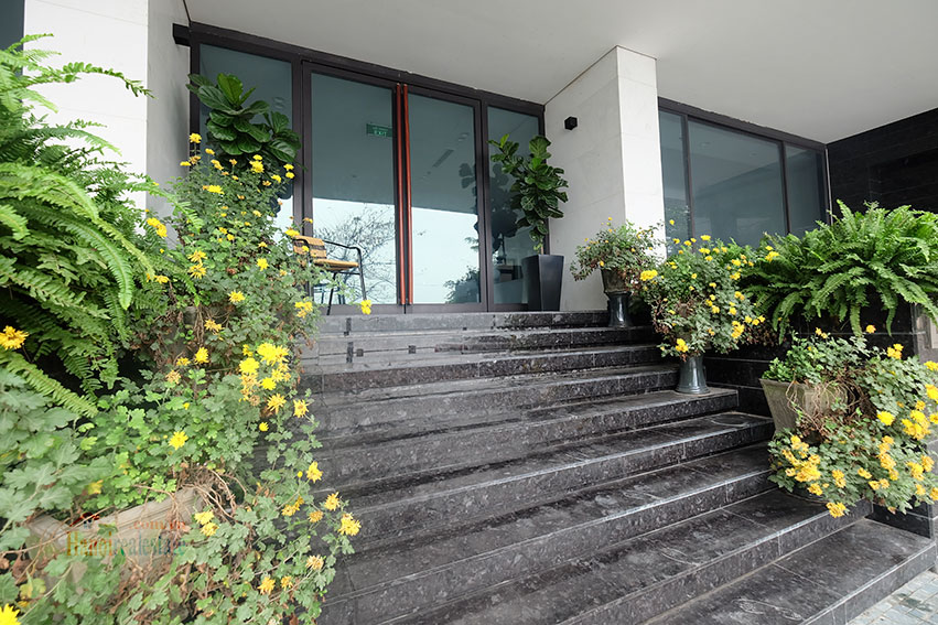 Lake view apartment with 01BR in Yen Phu Village, nice balcony 21
