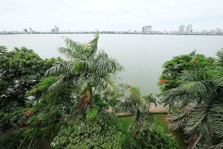 Lake view house to rent in Quang Khanh with car access and beautiful terace 12