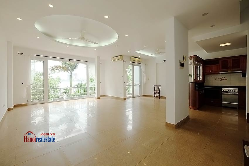 Lake view house to rent in Quang Khanh with car access and beautiful terace 4